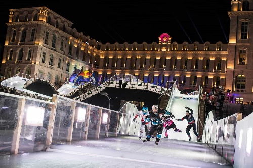 Marseille en ébullition pour le Red Bull Crashed Ice
